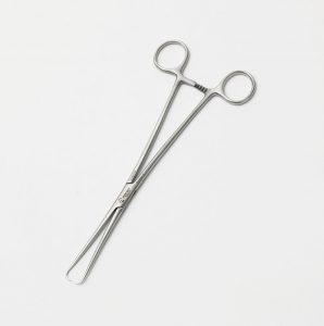 Tenaculum forceps